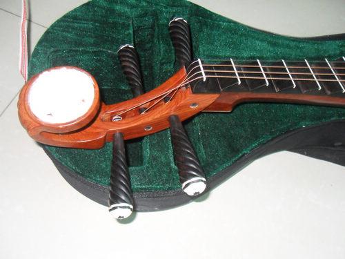 苏州 厂家直销 红木琵琶  带琵琶轻体盒一个